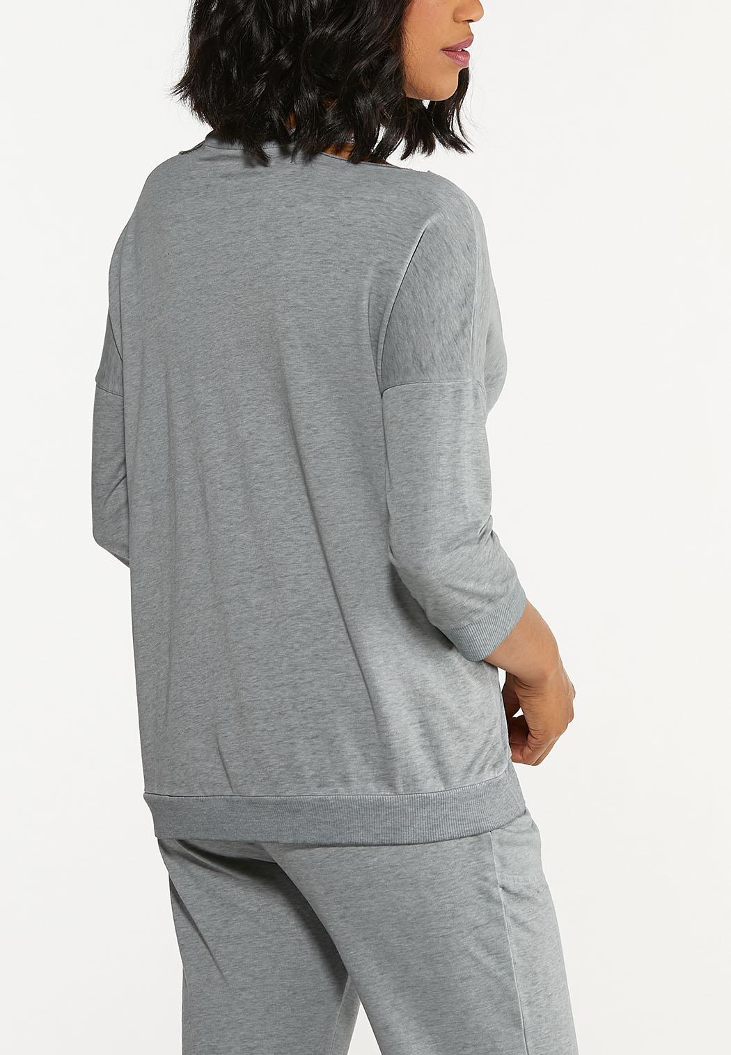 Plus Size Cutout Shoulder Sweatshirt (Item #44615482)