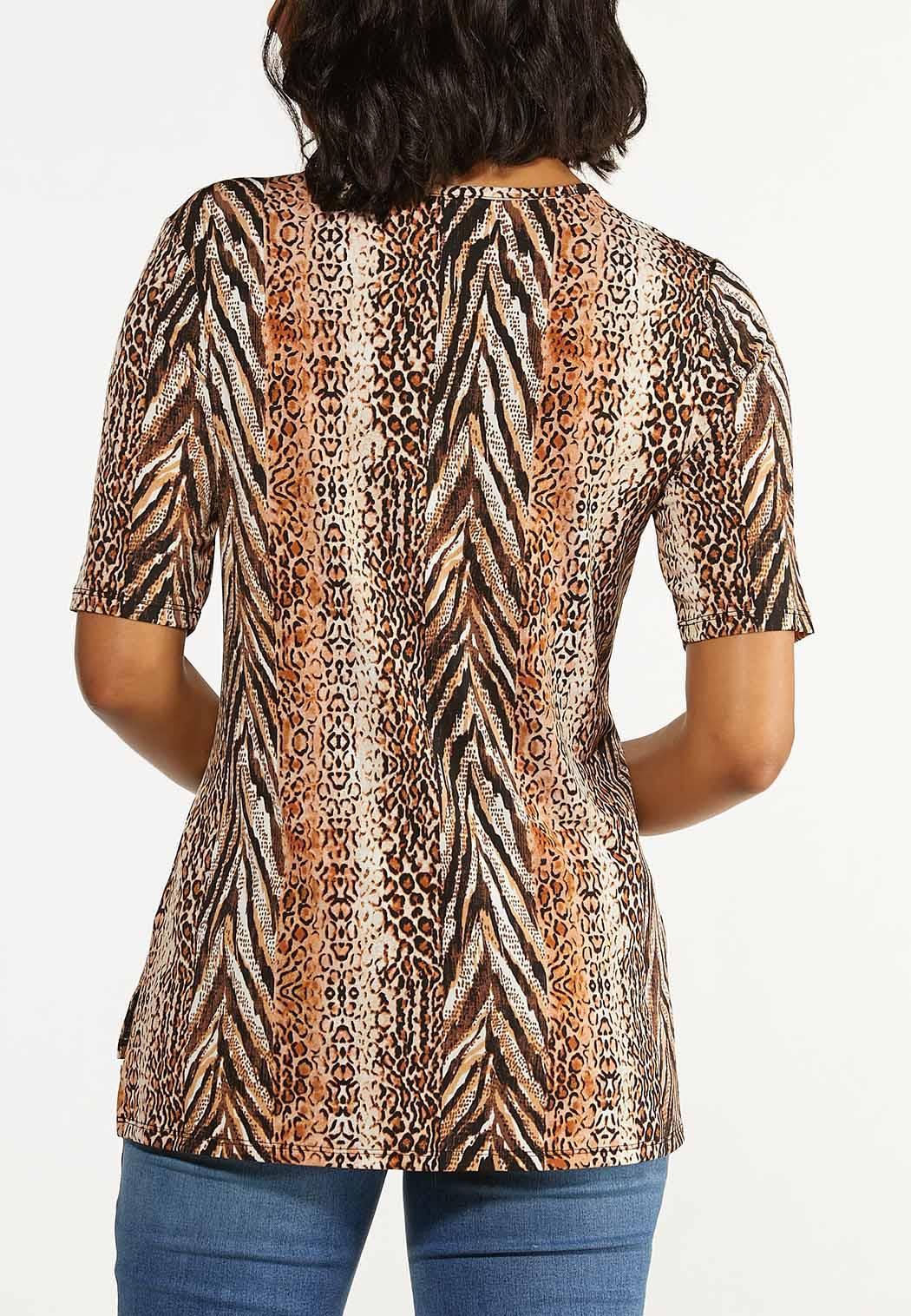 Plus Size Leopard Cutout Neck Top (Item #44621267)