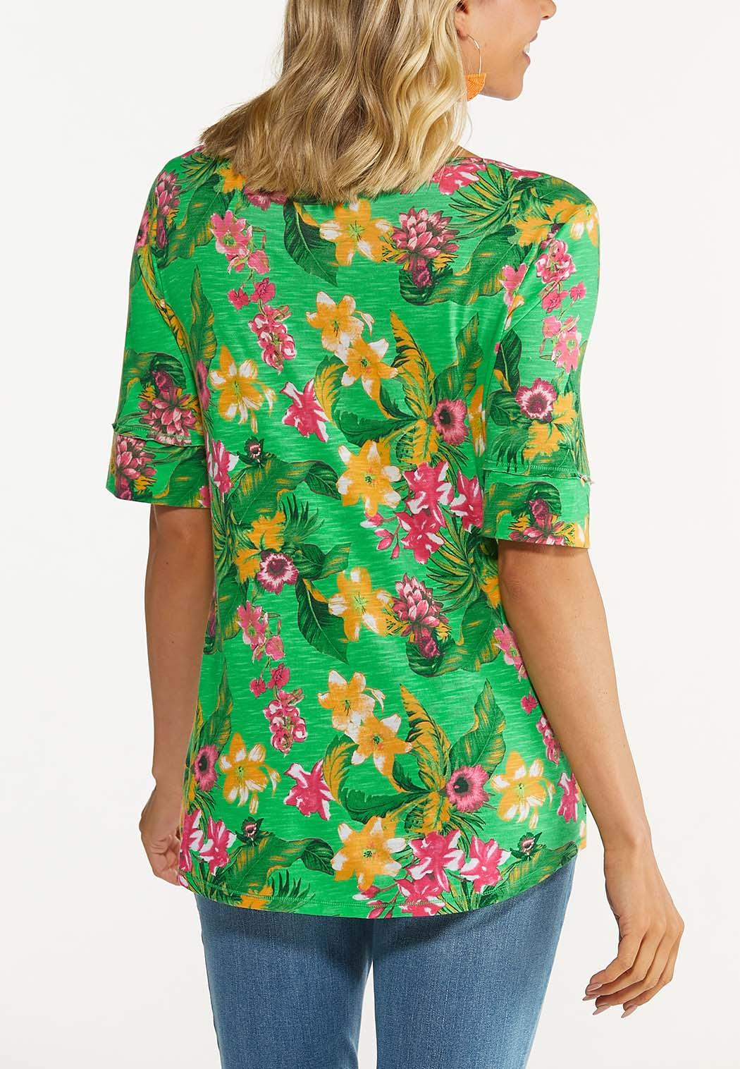Plus Size Green Tropical Floral Top (Item #44624047)