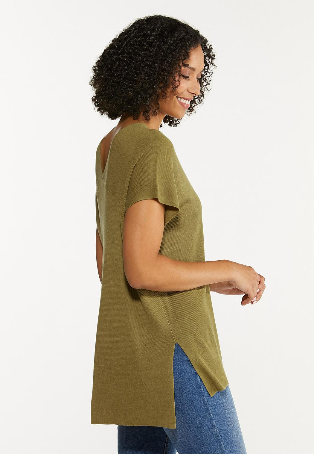 Plus Size Relaxed V-Neck Sweater (Item #44637322)
