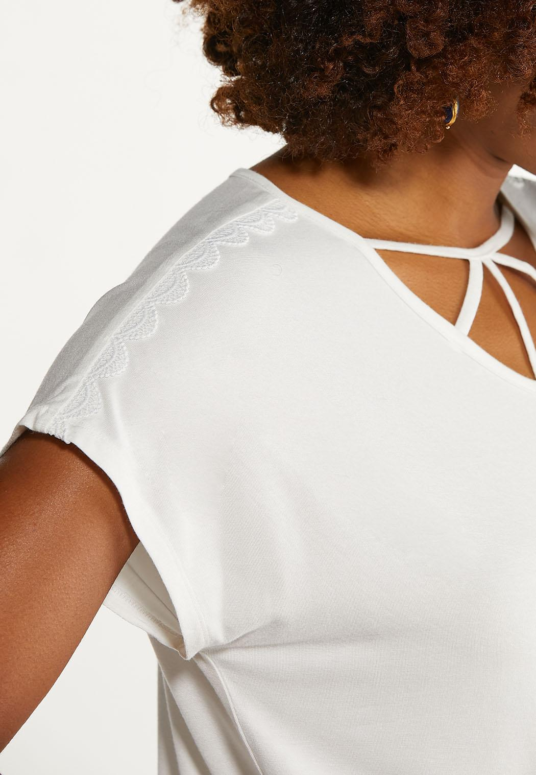 Plus Size Cutout Crochet Sleeve Tee (Item #44645448)