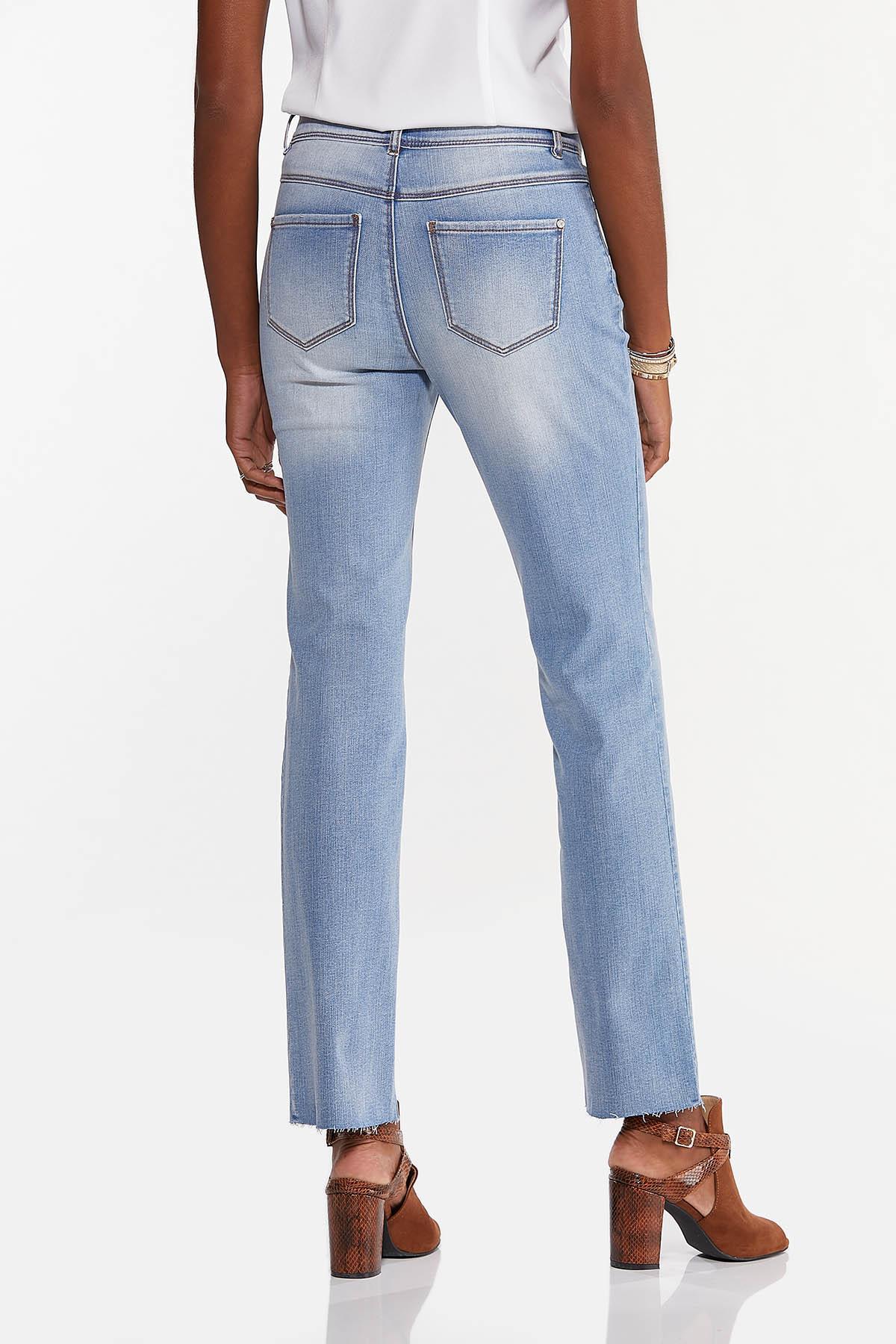 Lightwash Jeans (Item #44645501)