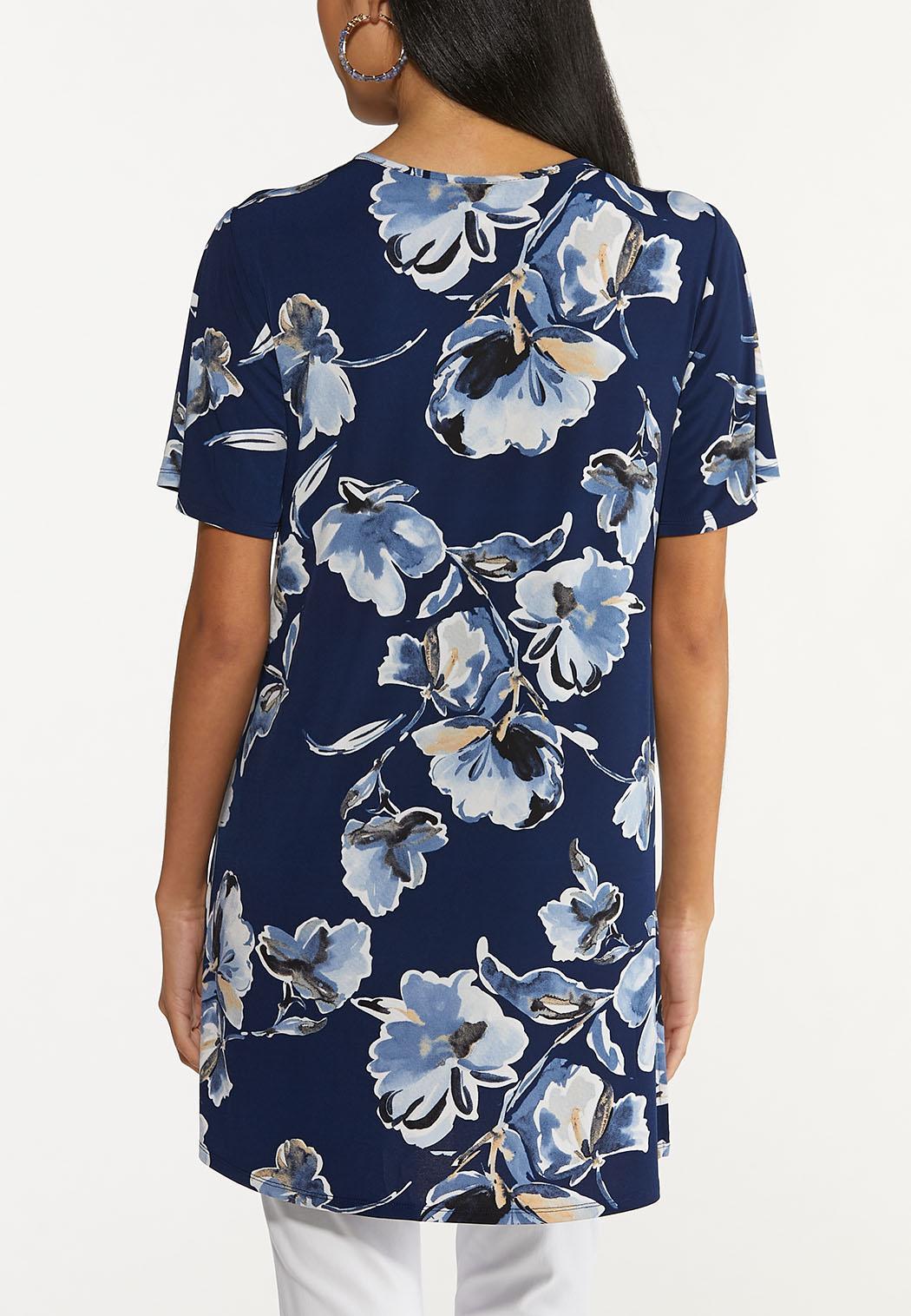 Plus Size Floral Lattice Neck Top (Item #44646578)