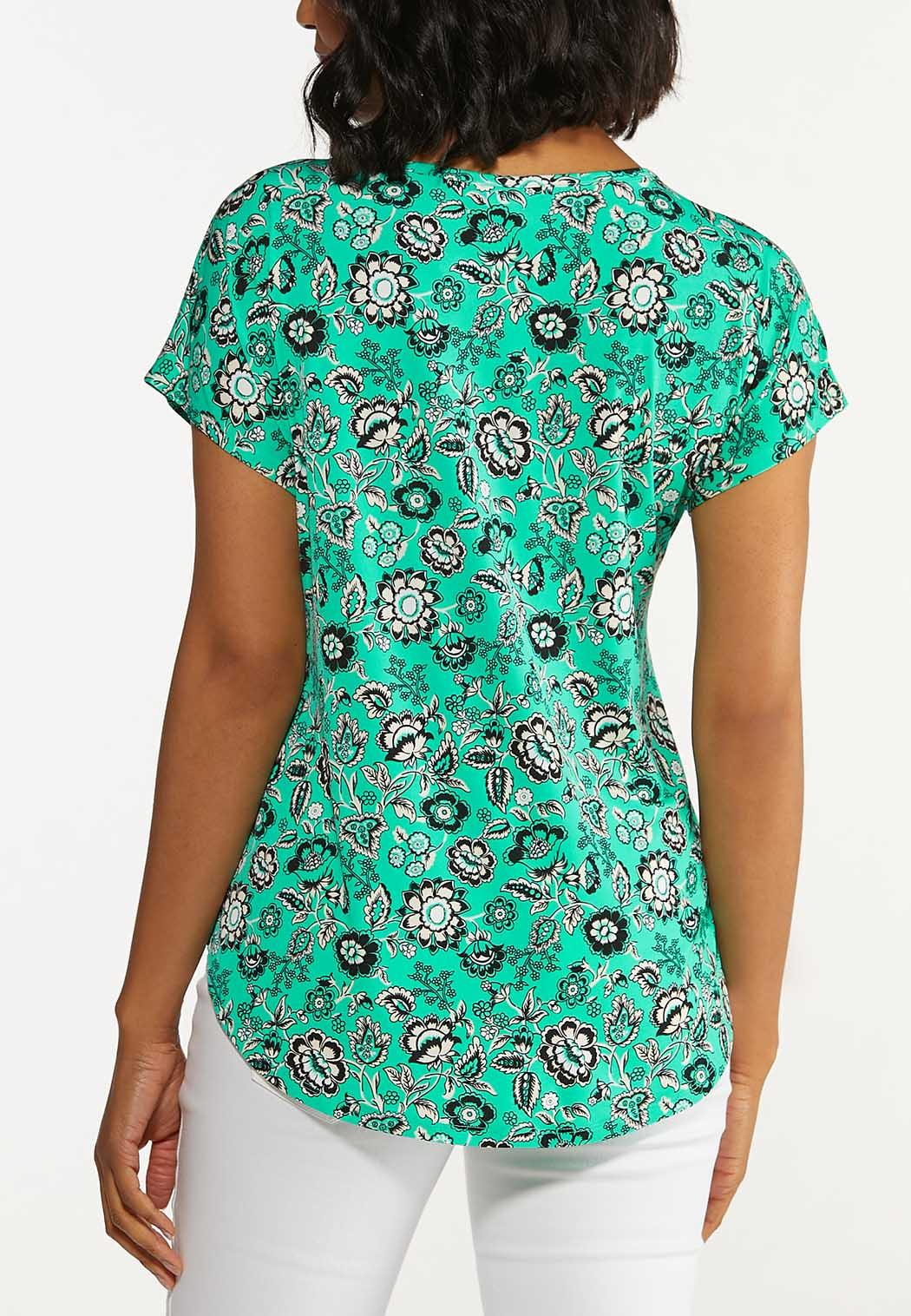 Plus Size Green Floral Top (Item #44650250)
