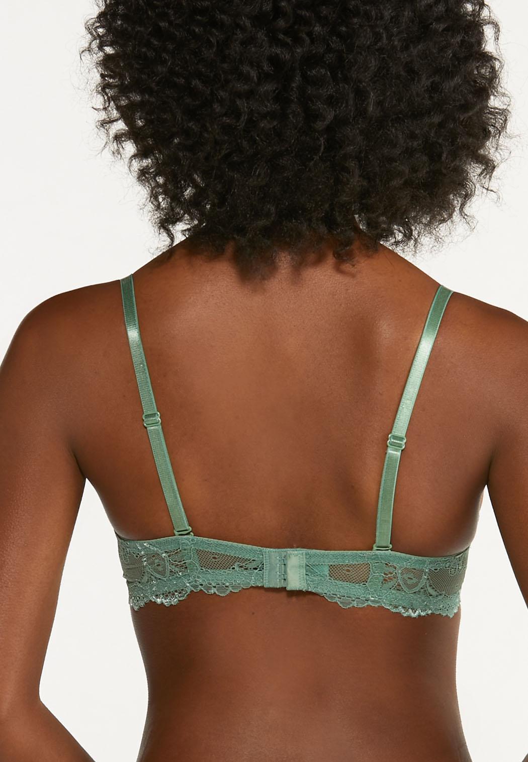 Plus Size Lace Overlay Bra Set (Item #44650924)