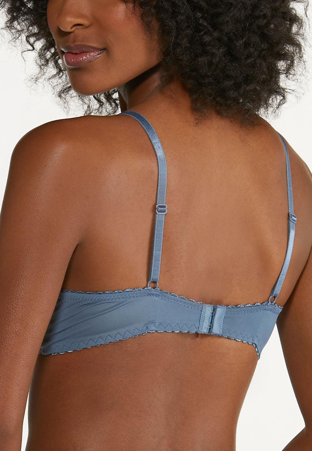 Plus Size Wire-Free Lace Bra Set (Item #44651038)
