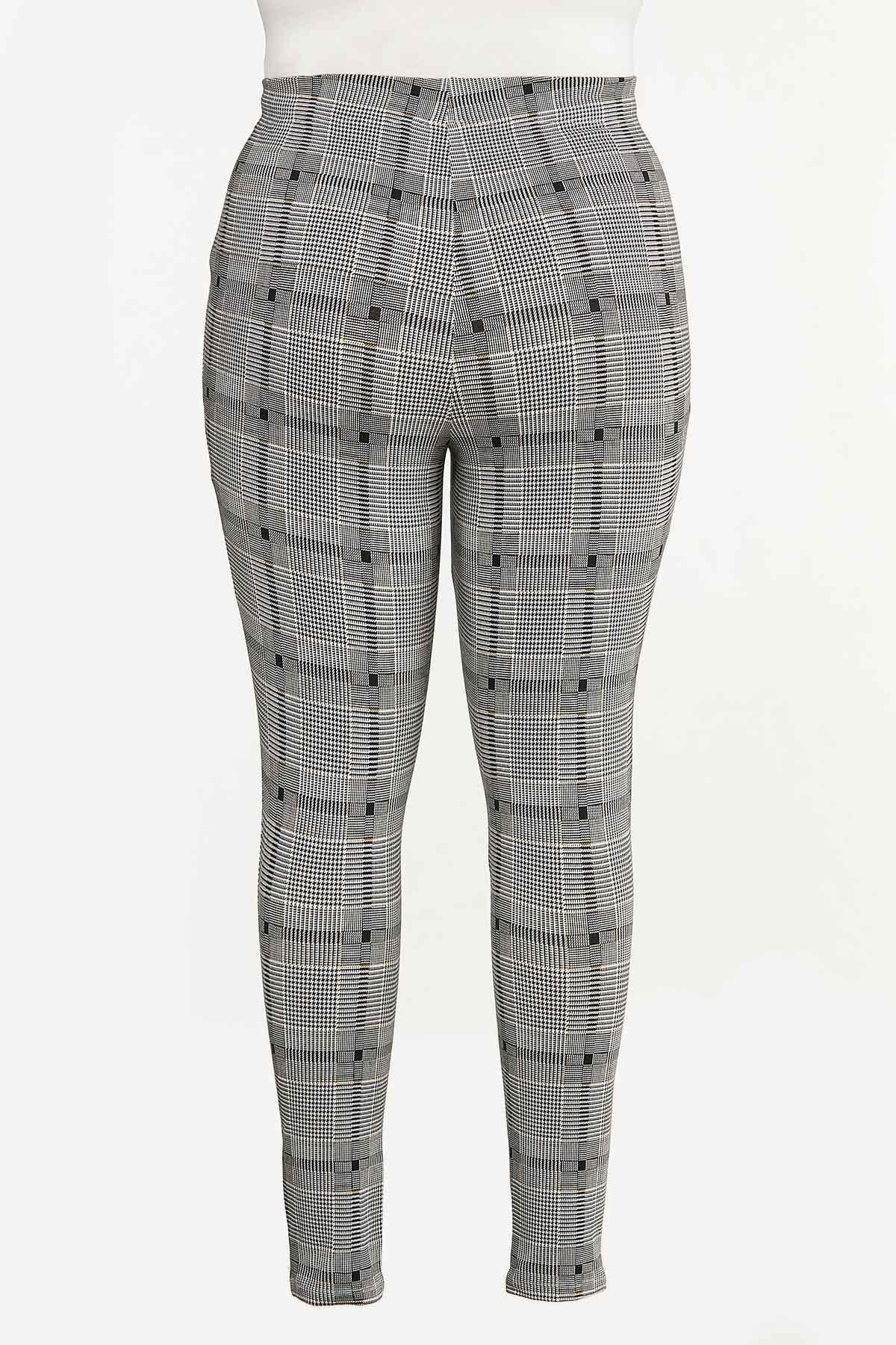Plus Size Houndstooth Plaid Leggings (Item #44655137)