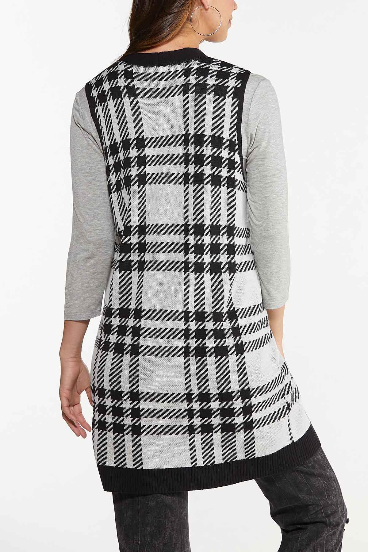 Plus Size Houndstooth Sweater Vest (Item #44656392)
