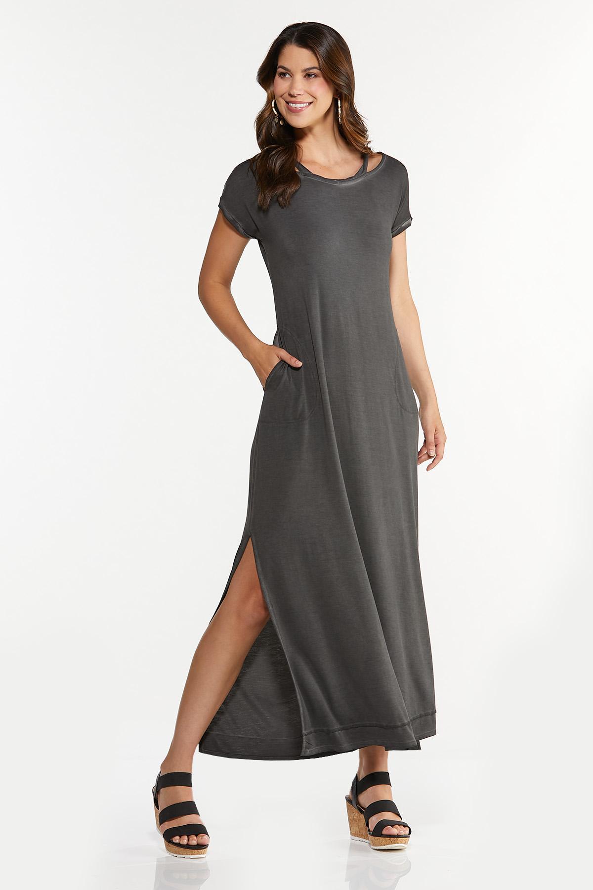 Plus Size Cutout Tee Shirt Maxi Dress (Item #44656470)