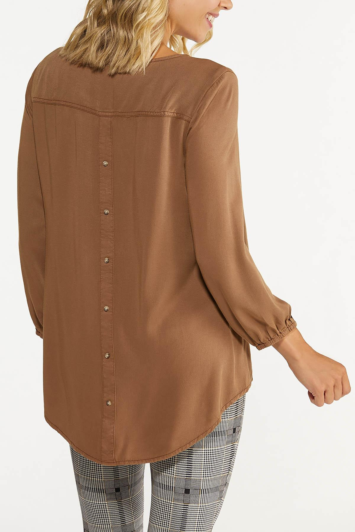 Plus Size Solid Button Back Top (Item #44659334)