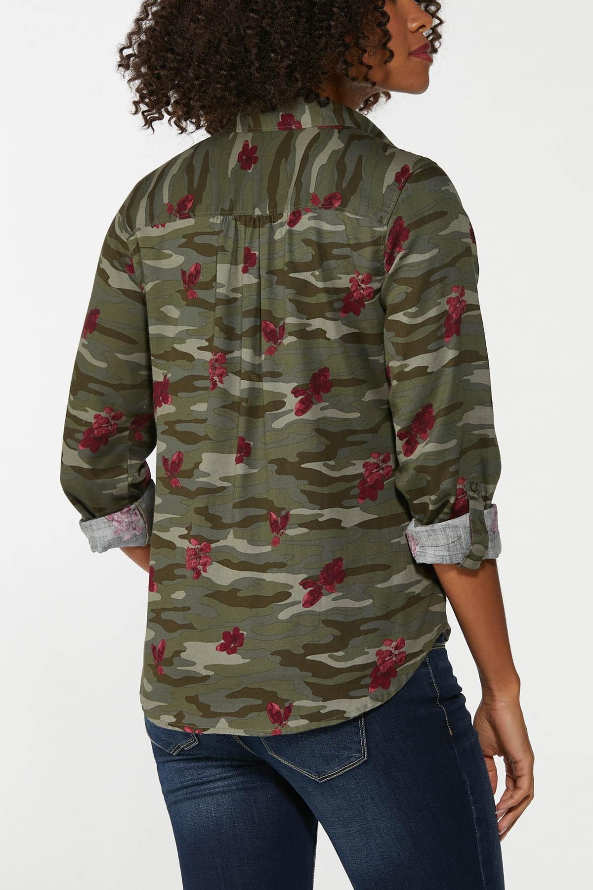 Plus Size Floral Camo Top (Item #44659442)