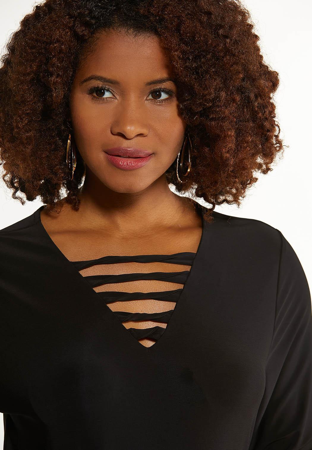 Plus Size Black Twisted V-Neck Top (Item #44667871)