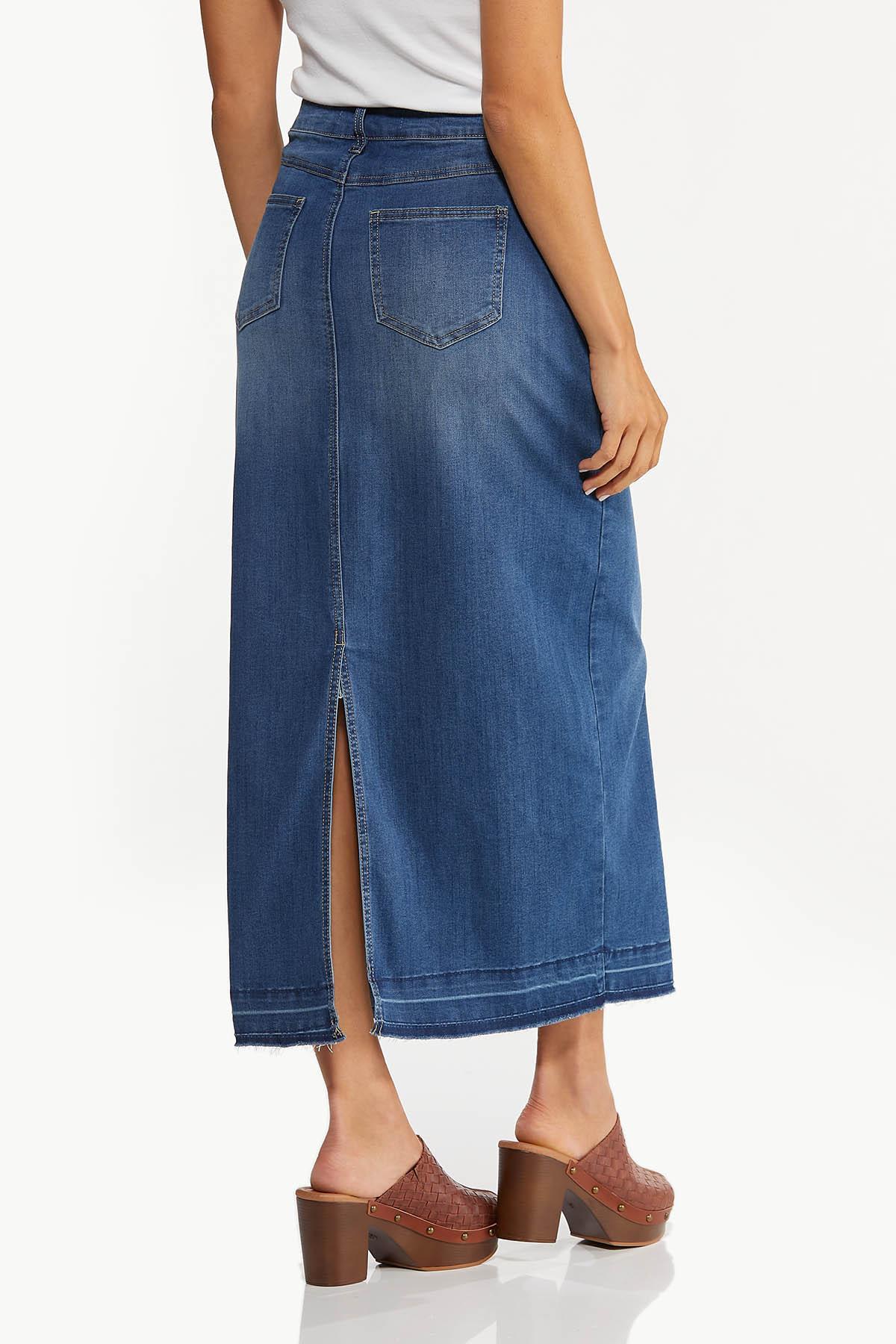 Plus Size Frayed Denim Maxi Skirt (Item #44671577)