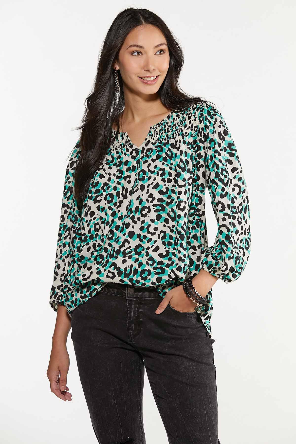 Plus Size Green Leopard Print Top (Item #44676481)