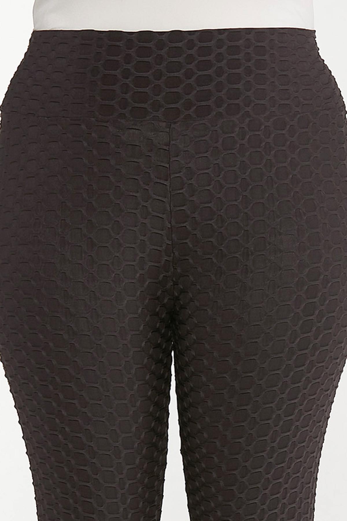 Plus Size Textured Leggings (Item #44690814)
