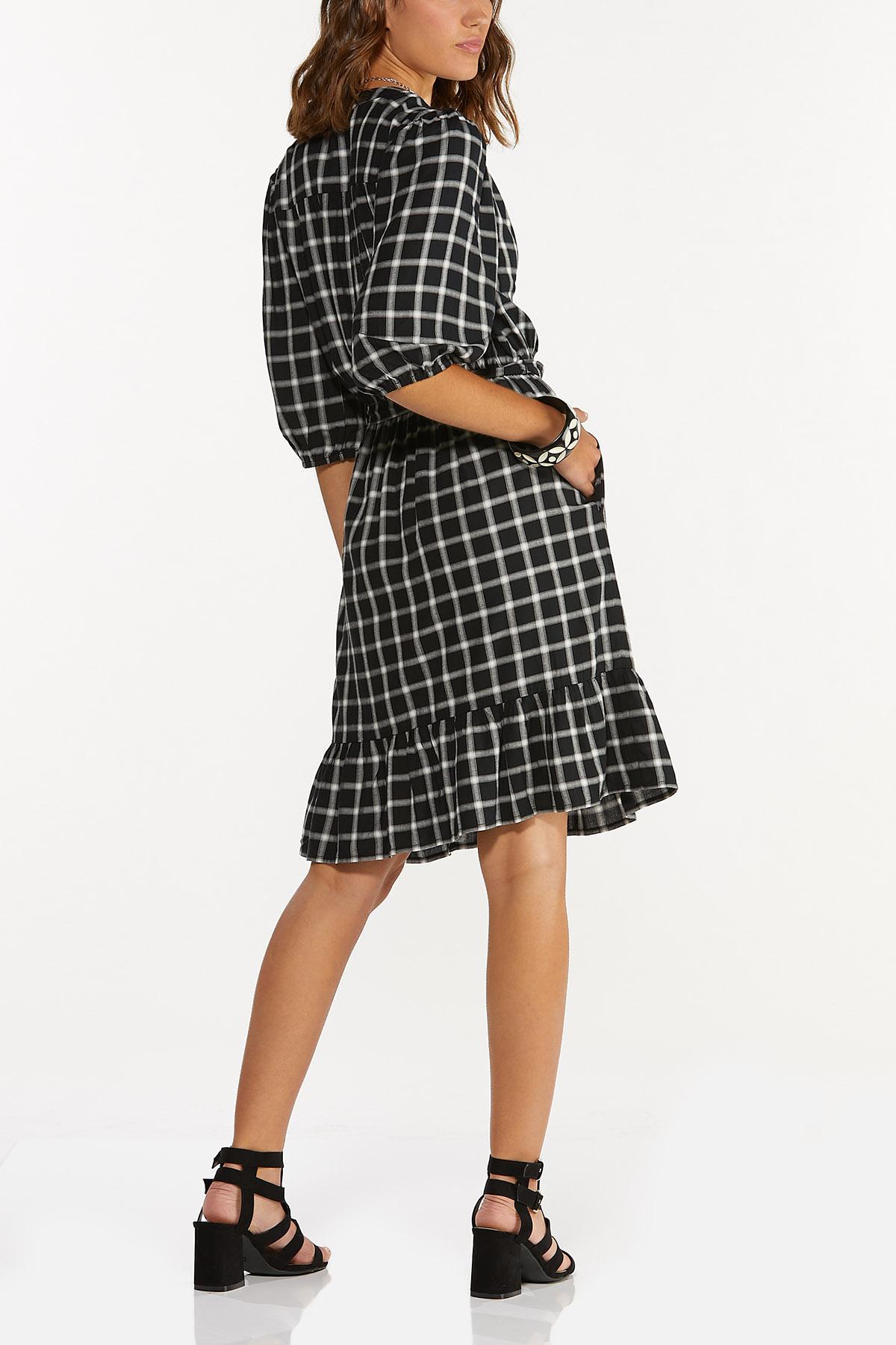 Plus Size Checkered Tie Waist Dress (Item #44697452)