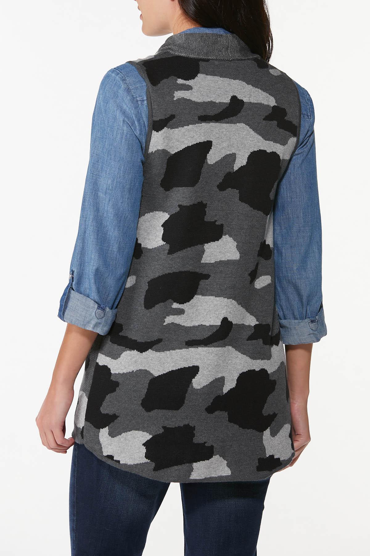 Camo Sweater Vest (Item #44700237)