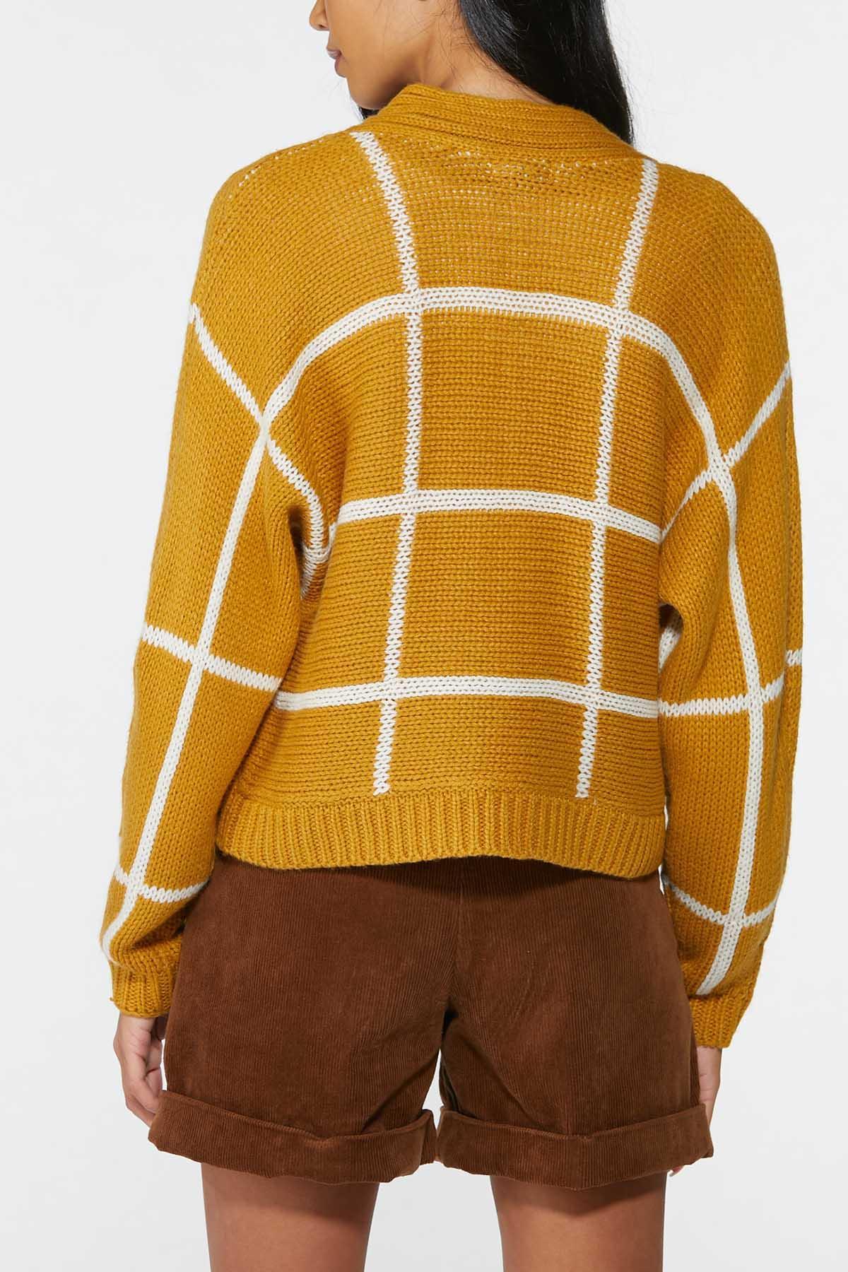 Plus Size Golden Check Cardigan Sweater (Item #44700347)