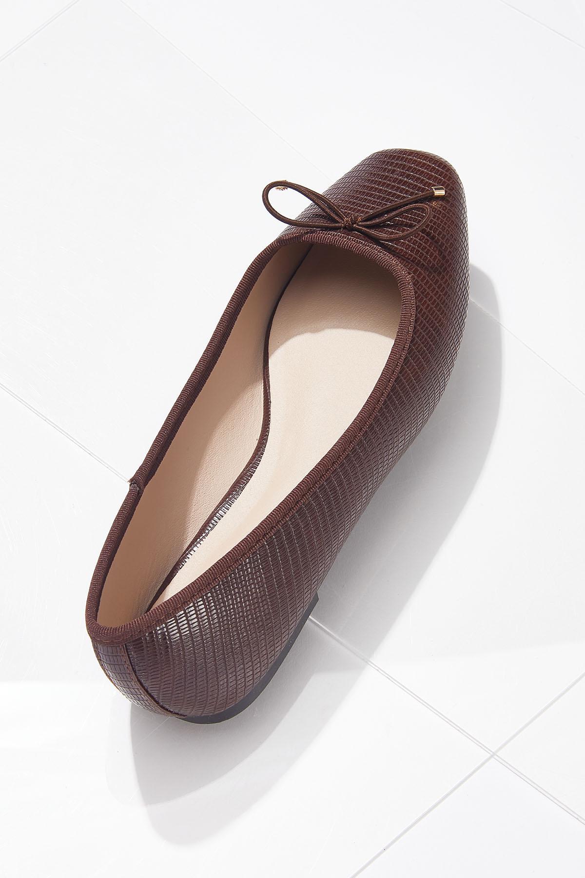 Square Toe Flats (Item #44702099)
