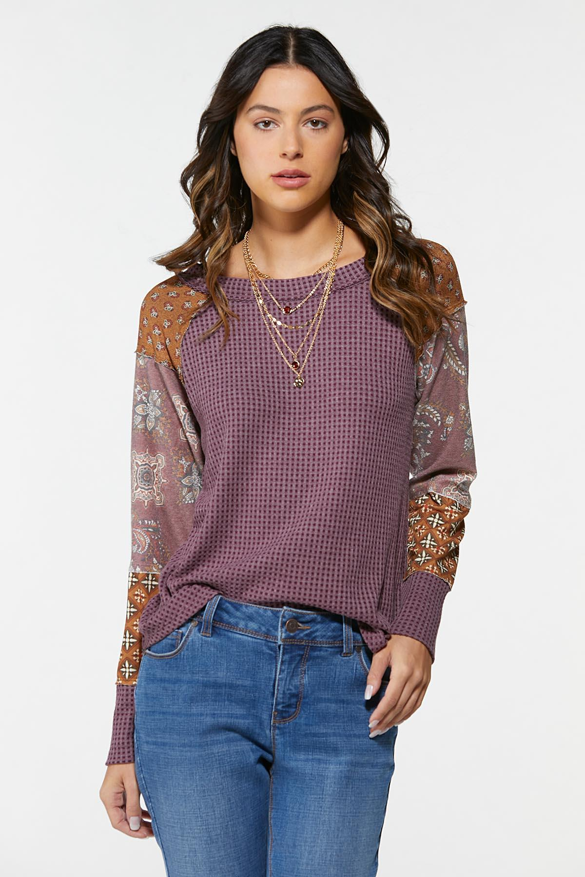 Plus Size Textured Patchwork Sleeve Top (Item #44702608)