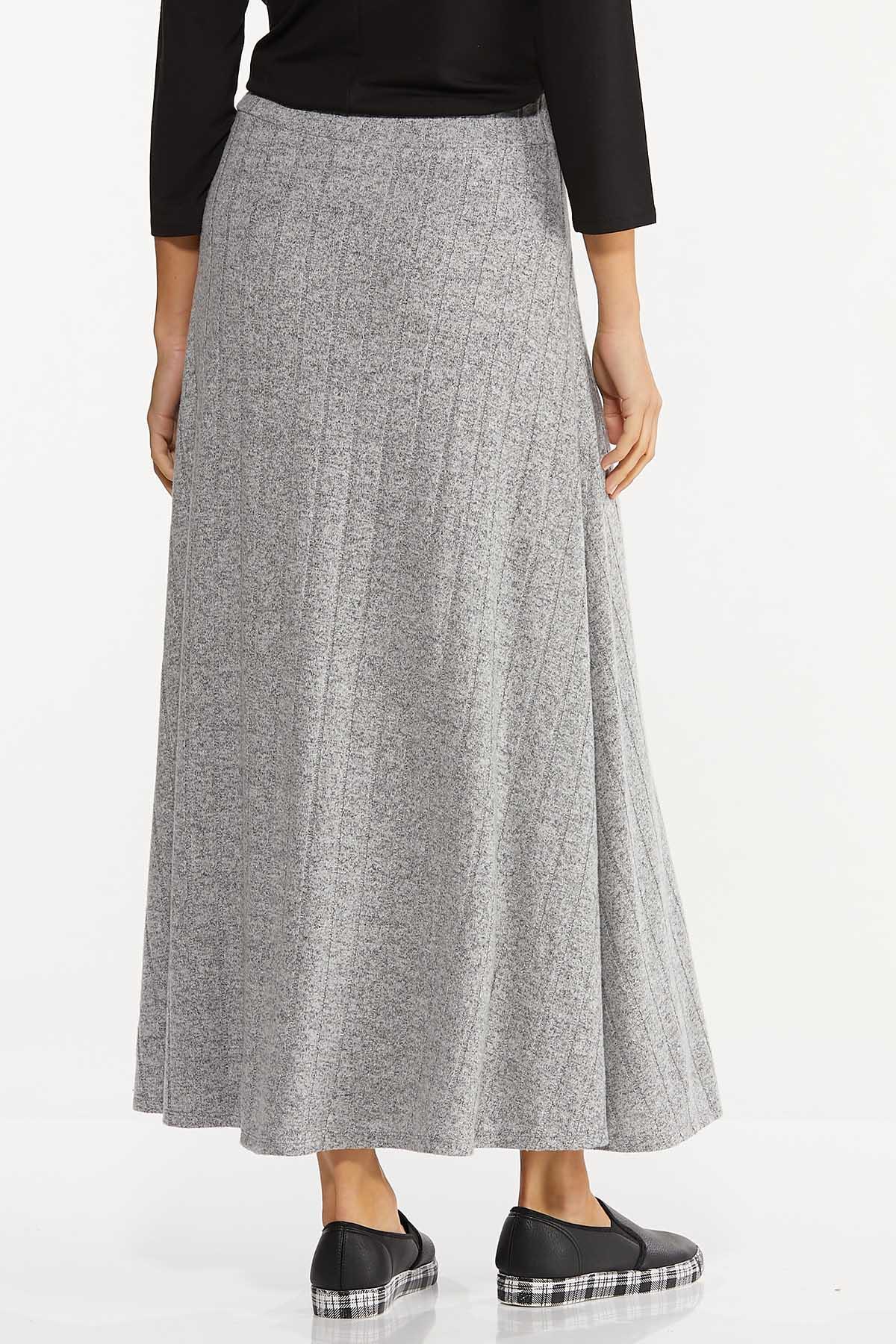 Plus Size Ribbed Knit Maxi Skirt (Item #44729665)
